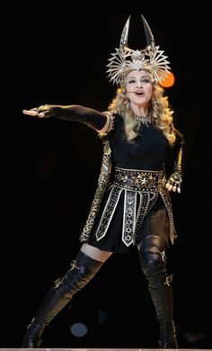 gladiator Madonna rocks