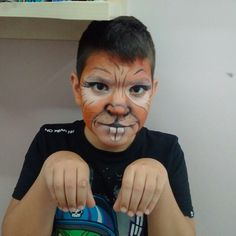 Mouse facepainting