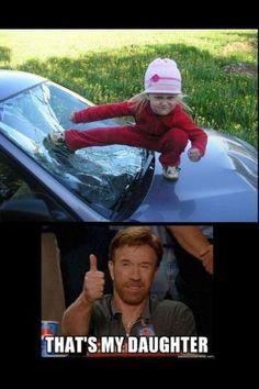 Chuck Norris daughter little girl funny meme Chuck Norris Memes, Really Funny, Funny Cute, The Funny, Funny Kids, Photo Facebook, Jokes For Kids, I Love To Laugh, Memes Humor