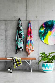 I need these towels (Ziporah) and this artwork (Megan Weston) in my life. Image credit: RebeccaJuddLoves