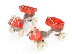 Meine allererste Rollschuhe sahen auch so aus...