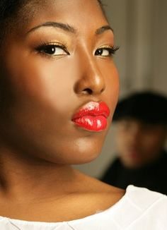 Best Lipstick Shades for Black Women - If you're an African American woman and you don't know what's the best suited lipstick for you, we certainly have the answer. Here are the best lipstick shades for black women.  NARS Lipstick in Jungle Red, MAC lip glass in Rich Beauty