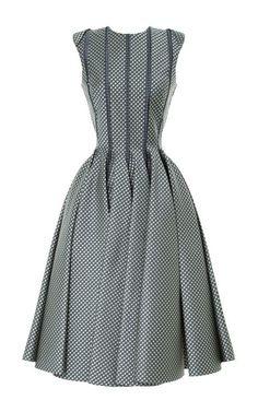 Creating curves: Sleeveless Paneled Jacquard Dress by Thom Browne - Moda Operandi Style Work, Mode Style, Pretty Dresses, Beautiful Dresses, Dresses For Work, Full Skirt Dress, I Dress, Pleated Skirt, Vestidos Vintage