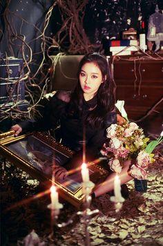 Gahyeon (BLACK ver)