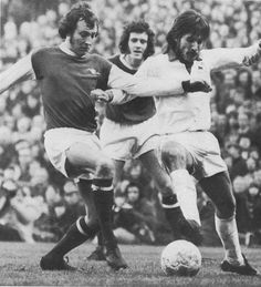 January Arsenal full back Bob McNab and Leicester City winger John Farrington fight for the ball as Jeff Blockley watches on. Class Games, Association Football, Working Class, Leicester, Golden Age, Arsenal, Premier League, January, Bob