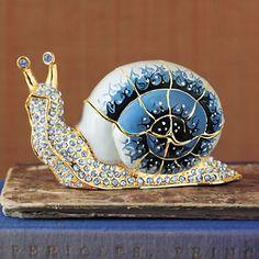 Glass snail