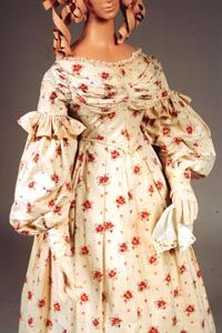 1836 extant gown, always my favorite, love the fabric the pleated bodice, and the ruffles above the sleeves