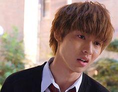 "[Trailer, long ver, 03/16/16] http://wwws.warnerbros.co.jp/ookamishojo/     Fumi Nikaido x Kento Yamazaki, J LA movie ""Ookami shoujo to kuro ouji (Wolf girl n black prince)"". Release: May/28/16"
