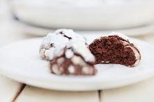 Śnieżno Czekoladowe Ciasteczka - Made by Mom and Son