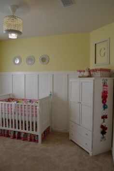 bow tie storage - could do this on the side of her chiffarobe Hair Bow Storage, Tie Storage, Yellow Paint Colors, Yellow Painting, Toddler Rooms, Toddler Bed, Wainscoting Nursery, Yellow Nursery, Easy Wall