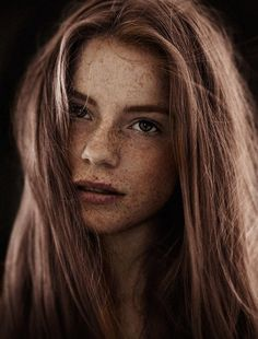 During my portrait and beauty works over the last years I became aware of all the freckled women I shot. Now its time to give their beauty an own gallery. Beautiful Freckles, Beautiful Red Hair, Beautiful Redhead, How Beautiful, Pretty Hair, Beautiful Pictures, Redheads Freckles, Freckles Girl, Redhead With Freckles