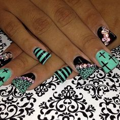 duck nails design  Nail art is cool, not a fan of duck nails though | Nailed ...