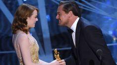 Leonardo DiCaprio y Emma Stone en la gala de los Oscar 2017