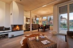 EFH Huggenberg: Living room in country house style by Giesser Architektur + Planung Treehouse Living, Sweet Home, Home Fireplace, Fireplace Ideas, Fireplaces, My Ideal Home, Country Style Homes, Beautiful Living Rooms, Best Interior Design
