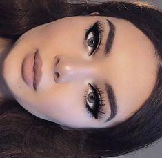 Eye make-up makeup 101 makeup for beginners makeup hand makeup after 60 Makeup Techniques Beginners Eye Hand Makeup Makeup Techniques for hooded eyes Cute Makeup, Pretty Makeup, Gorgeous Makeup, Dark Makeup Looks, Pin Up Makeup, Glam Makeup Look, Awesome Makeup, Simple Makeup, Makeup Trends