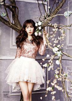 SNSD, Girls' Generation Taeyeon