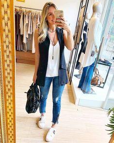 Maxi colete deixa o look super lindo ? New Outfits, Spring Outfits, Cool Outfits, Casual Outfits, Fashion Outfits, Fashion Tips, Womens Fashion, Work Fashion, Fashion Looks