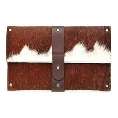 Brown cowhide clutch, from Convict Bags, Australia Diy Leather Clutch, Diy Clutch, Leather Bags, Cowhide Bag, Cowhide Leather, Bag Patterns To Sew, Sewing Patterns, Boho Bags, Patchwork Bags