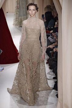 Valentino Imaxtree   - HarpersBAZAAR.com