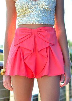 shorts shorts bow skirt pink skirt top skort love need this help tank top gold crop top gold glitter crop top skirt glitter Look Fashion, Teen Fashion, Fashion Beauty, Womens Fashion, Fashion Trends, Fashion 2014, Asian Fashion, Bow Skirt, Coral Skirt
