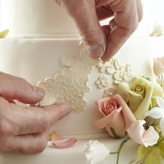 make your own mold tutorial. and those are great roses too.