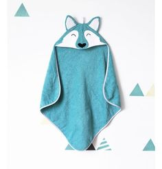 9786666caa67c80a5e09176375378e39 Cape Bebe, Sewing Tutorials, Sewing Projects, Hooded Towel Tutorial, Diy Cape, Hooded Bath Towels, Baby Couture, Sewing For Kids, Baby Shop