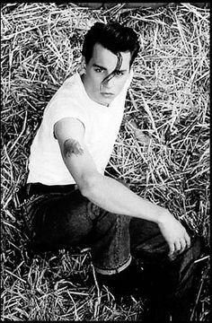 Johnny Depp by Henny Garfunkel