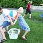 Backyard Games Kids Outdoor Parties New Ideas Outdoor Drinking Games, Outdoor Party Games, Dinner Party Games, Outdoor Parties, Outdoor Fun, Party Fun, Yard Games For Kids, Backyard Games Kids, Kids Yard