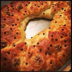 Roscon de Reyes relleno de Nutela. Homemade
