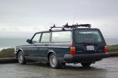 1993 Volvo 240 Classic in natural habitat (watching the elephant seals in San Simeon.