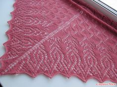 Lace Knitting, Knitting Patterns Free, Free Pattern, Knit Crochet, Christmas Tale, Blanket Shawl, Arrow Pattern, Crochet Tablecloth, Knitted Shawls