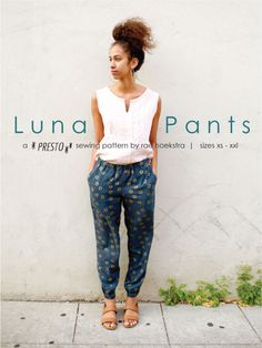 Early in the year, I declared that this would be the year of the PANTS. And look! I released Moon Pants for kids and now I give you Luna Pants for women! BUY NOW Luna is the first in my new collectio