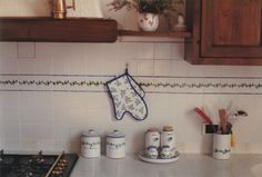 Lovely kitchen in the country near Arezzo, with Sbigoli tiles and accessorizes