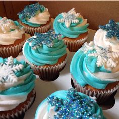 Frozen Snowflake Cupcakes Frozen Snowflake, Cupcake Cakes, Cupcakes, Snowflakes, Sweet, Desserts, Food, Candy, Tailgate Desserts