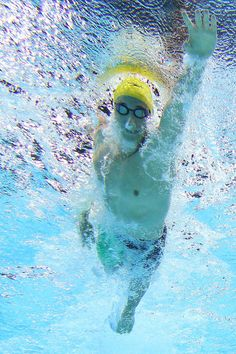 Cameron McEvoy of the Australia swims the Men's 4x200m Freestyle Relay Final during day two of the 2014 Pan Pacific Championships at Gold Coast Aquatics on August 22, 2014 in Gold Coast, Australia. (Photo by Chris Hyde/Getty Images)