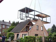 Hellend of plat dak, er zijn altijd uitwegen om een extra leefruimte te creëren.