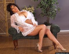 Ashley Evans - thick & curvy