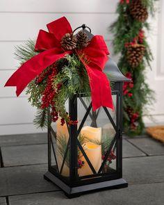 Christmas Candles, Outdoor Christmas Decorations, Christmas Centerpieces, Christmas Home, Christmas Wreaths, Christmas Crafts, Merry Christmas, Decorating Lanterns For Christmas, Christmas Porch Ideas