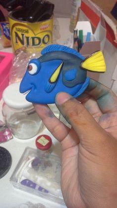 Doria Buscando a Nemo porcelana fría Clays, Cold Porcelain, Amelie, Dory, Babyshower, Biscuits, Cake Decorating, Pasta, Ideas