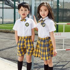 School Girl Dress, School Dresses, Girls Dresses, School Plan, Pre School, School Uniform Fashion, School Uniforms, Birthday Post Instagram, Cool School Supplies