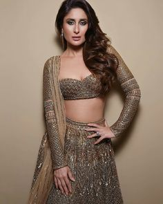 Kareena Kapoor Insta naughty actress cute and hot tollywood plus size item girl Indian model unseen latest very beautiful and sexy bollywood. Dress Indian Style, Indian Fashion Dresses, Indian Designer Outfits, Fashion Outfits, Fashion Styles, Ethnic Fashion, Latest Fashion, Style Fashion, High Fashion