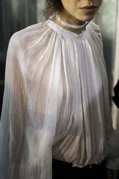 Ann Demeulemeester Photo by Julien Boudet. Fashion Details, Look Fashion, Womens Fashion, Fashion Design, Steampunk Fashion, Gothic Fashion, Ann Demeulemeester, Damir Doma, Business Outfit