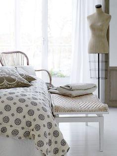 Bavlněný přehoz Black pattern cream 180x130 | Bella Rose