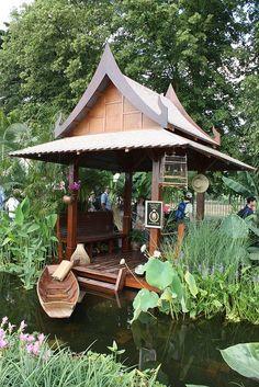 Thai Garden, Hampton Court Palace Flower Show by richbd Balinese Garden, Asian Garden, Bali Garden, Tropical Landscaping, Tropical Garden, Backyard Patio, Backyard Landscaping, Thai Decor, Hampton Court Flower Show