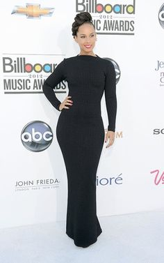 Her voice, lyrics, & BODY can do no wrong. Lol | Alicia Keys and Monica Rock Elegant Braids at the Billboard Music Awards
