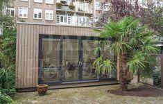 Houten atelier in de achtertuin te Amsterdam