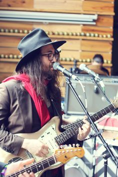 Sean Lennon of The Ghost Of A Saber Tooth Tiger rockin' at #sxsw. #festbest