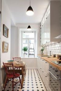 Cómo decorar cocinas estrechas