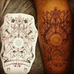 Tecnorgânico ... Do papel , para camisa, pro muro,pra pele ,para eternidade #tattoo  #tecnorganics #diferente #cajazeiras  #sanktattoo #ixlutx #like4like #likeforlike #likehistory #arteurbana #artenapele #bodyart #eternidade #vidalonga #tecnograffititattoo #nova10ordem #simbolos #xango #exu #rua #mensagens #dor #soosfortes #salvador #graffitisalvador #tattoosalvador