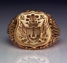 Antique Signet Armorial Seal Men's Ring c. 1840..BEAUTIFUL !!